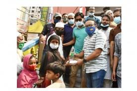 কুমিল্লায় অতিদরিদ্র দেড় সহস্রাধিক মানুষকে ছাত্রলীগের খাদ্যসহায়তা