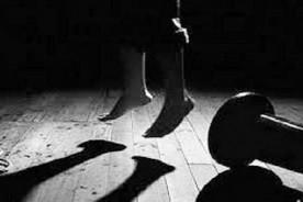 হোমনা স্বাস্থ্য কমপ্লেক্সের শৌচাগারে নারী ঝুলন্ত লাশ